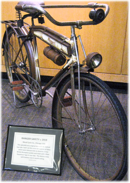 1914 bicycle with battery-powered light