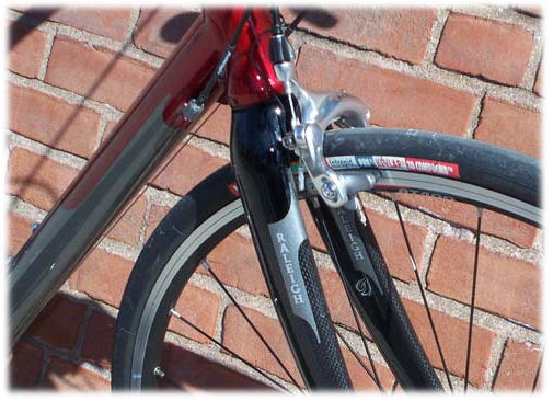 Tight clearance on front fork of Raleigh Cadent bicycle